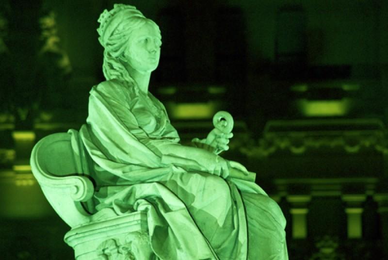 Cibeles iluminada de verde