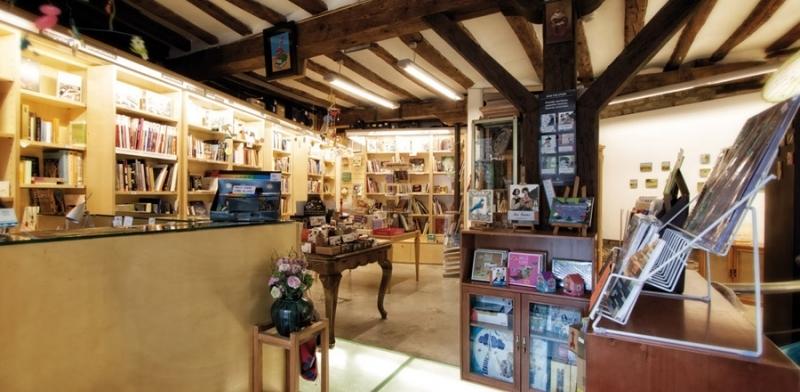 Libreria Area Acuario 01